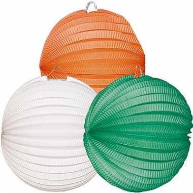 Lampionnen oranje wit groen